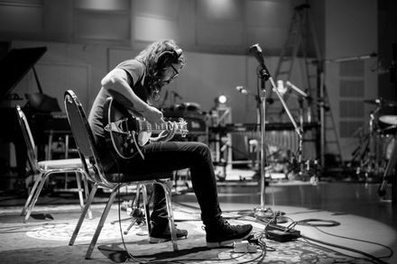 dave-grohl-join-the-band-play-sherman-oaks dave grohl play Dave Grohl Announces Solo Project 'Play,' 23-Minute Song and Mini-Doc play